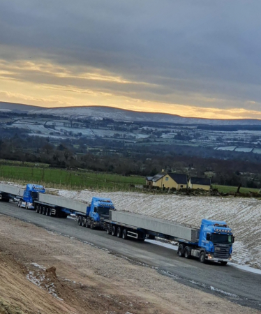 Whitten Road Haulage - 6 25m beams to Dungiven