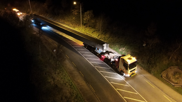 Whitten Road Haulage invests in 250T Lorry
